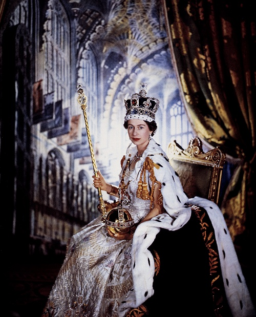 HM Queen Elizabeth II.  Obligatory Credit - CAMERA PRESS / Cecil Beaton. SPECIAL PRICE APPLIES - CONSULT CAMERA PRESS OR ITS LOCAL AGENT. ALL COMMERCIAL AND BOOK COVER USE MUST BE APPROVED IN ADVANCE. British monarch HM Queen Elizabeth II pictured in her robes on the occasion of her Coronation, 06/02/1952. (Photo by Cecil Beaton/Camera Press/AFLO) [2255] *** Local Caption *** 00876280